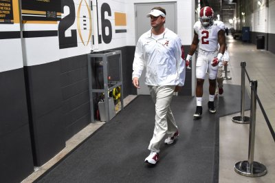 Coach sues Lane Kiffin, claims he was promised job to secure recruit