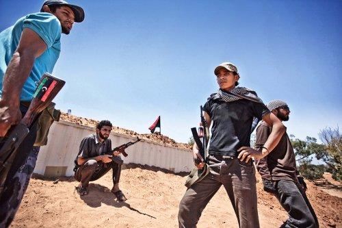利比亚警告非法石油销售