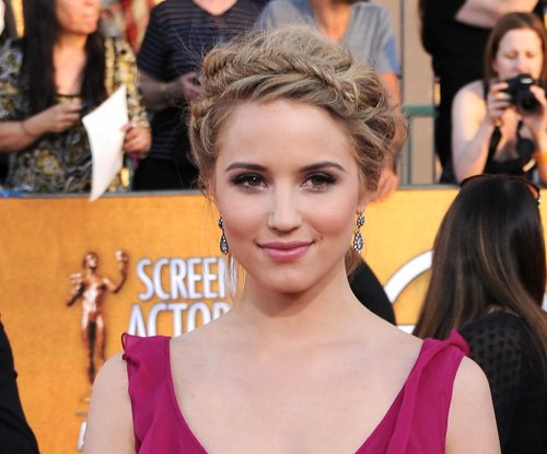 Is Dianna Agron dating Nicholas Hoult?