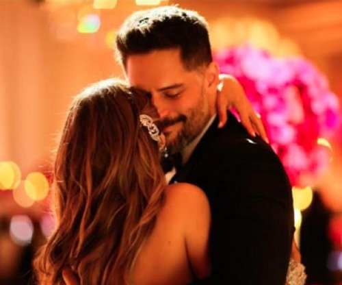 Joe Manganiello celebrates 39th birthday with Sofia Vergara