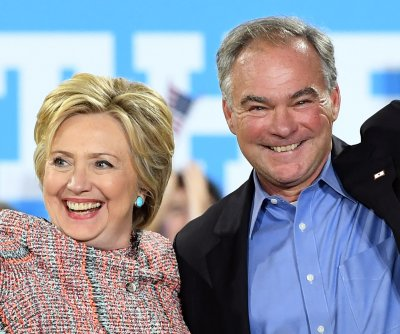Clinton locks up Democratic ticket by picking Virginia senator Kaine for V.P.