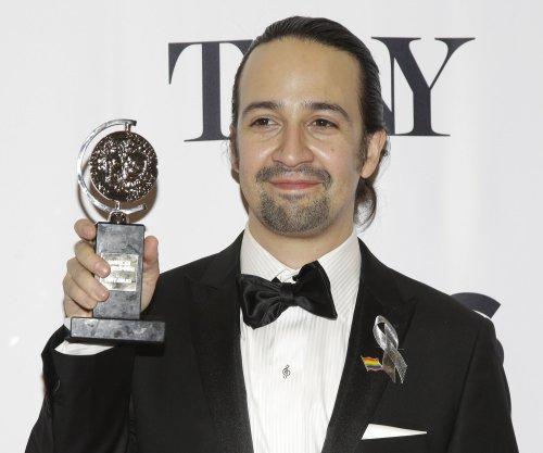 Lin-Manuel Miranda parodies 'Hamilton' song in 'SNL' monologue rap; takes swipe at Trump