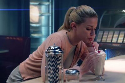 'Riverdale' pop-up diners open throughout Canada