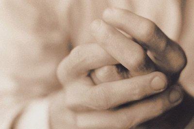 Drug that eases rheumatoid arthritis pain won't help 'regular' arthritis