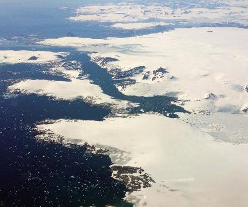 Last year's extreme snowfall ruined breeding season for Arctic plants, animals