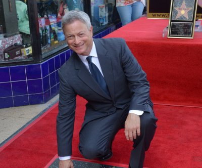 Gary Sinise Foundation treats more than 1,000 Gold Star families to Disney trip