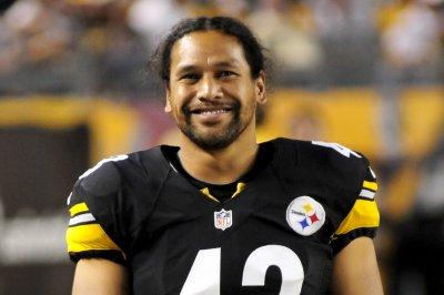 Steelers' Troy Polamalu highlights Pro Football Hall of Fame's 2020 class