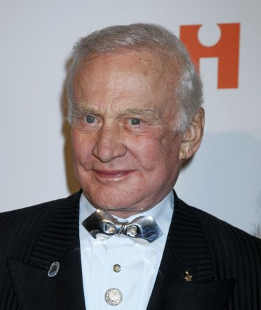 Buzz Aldrin eliminated from 'Dancing'