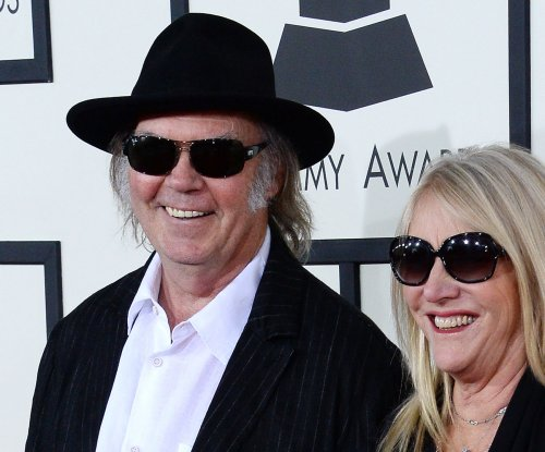 Neil Young announces departure from online streaming services