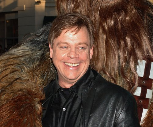Mark Hamill confirms 'Star Wars: Ep. VIII' return as Luke Skywalker