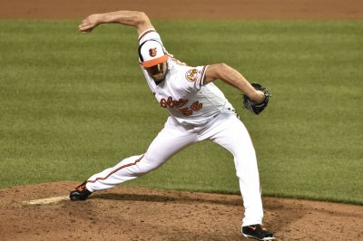 Bullpen carries Baltimore Orioles past Cleveland Indians