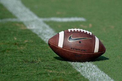 NCAA to consider altering kickoff rules