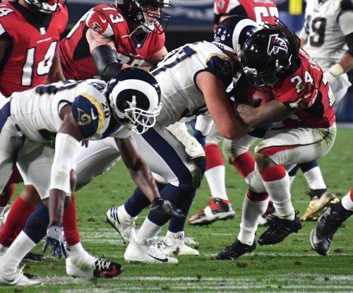 Report: Rams' Fox suffers torn ACL