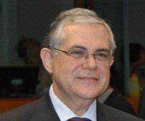 Greece's new prime minister sworn in