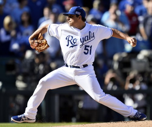 Kansas City Royals' Jason Vargas silences Toronto Blue Jays for 17th win