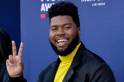 Khalid's 'Free Spirit' tops the U.S. album chart