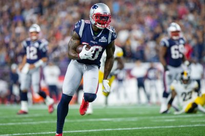 New England Patriots place WR Josh Gordon on injured reserve