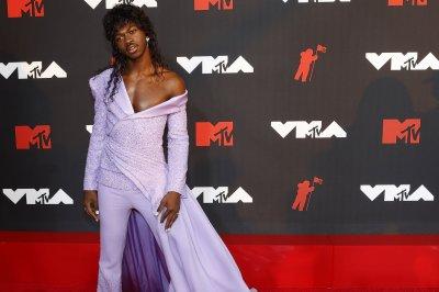 MTV VMAs: Lil Nas X wins big, Machine Gun Kelly closes out show