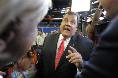 Christie: Romney likely wants joke do-over