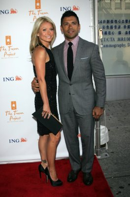 Kelly Ripa's penthouse sells for $20M