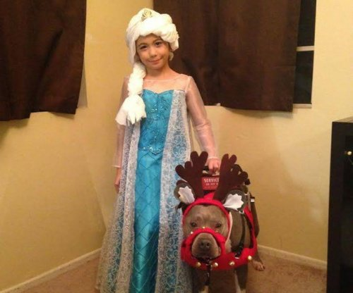 Autistic girl can't see Santa at CA store because service dog is pit bull