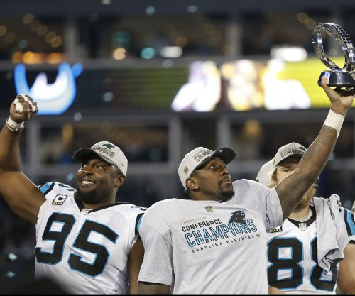 Carolina Panthers bring back DE Charles Johnson