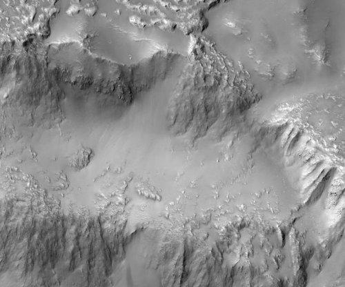 The Niagara Falls of Mars once flowed with lava