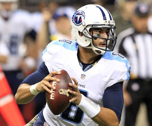 Tennessee Titans use turnovers, late score to edge Carolina Panthers