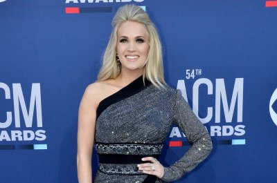 Carrie Underwood, Thomas Rhett to headline Stagecoach festival