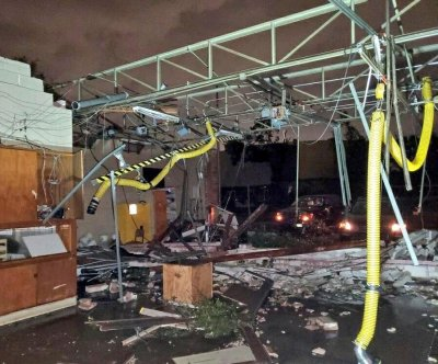 Major damage, power outages after tornado hits near Dallas