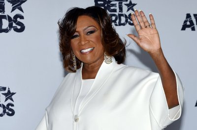 Patti LaBelle calls fan after pie review goes viral