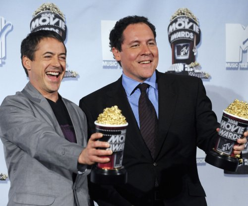 Jon Favreau on replacing Robert Downey Jr. as Iron Man: 'I can't imagine how they could'
