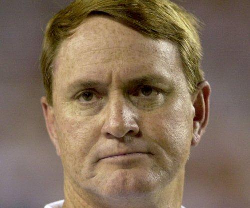 FIU turns to Butch Davis as new coach
