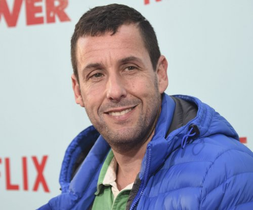 Adam Sandler's talent agent tries to drum up business in trailer for 'Sandy Wexler'