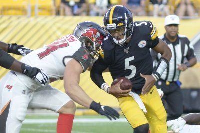 Pittsburgh Steelers trade QB Josh Dobbs to Jacksonville Jaguars