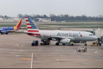 American, JetBlue agree to share U.S., global passengers