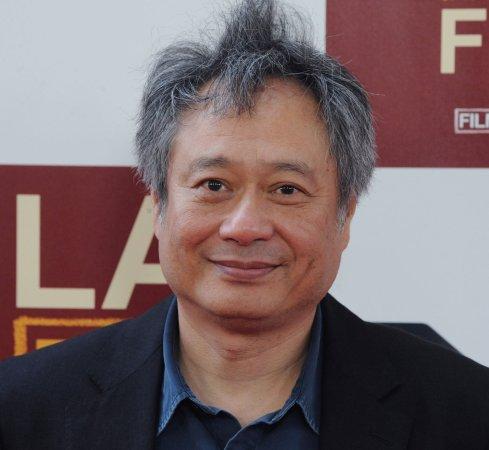 Affleck, Hooper, Spielberg up for Directors Guild award
