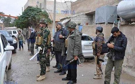 Iraq's Kurdish Peshmerga arrive in Kobane, Syria to help fight Islamic State