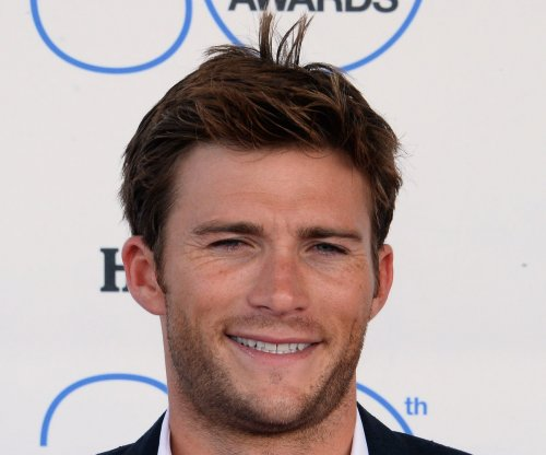 Ashton Kutcher cheated on Demi Moore with Scott Eastwood's ex girl