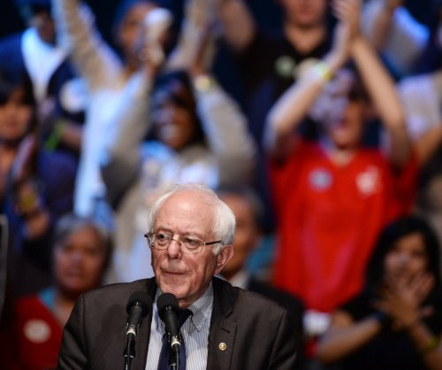 Bernie Sanders to lay off 'hundreds' of campaign workers