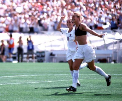 Brandi Chastain, Shannon MacMillan, Don Garber named to U.S. Soccer Hall of Fame