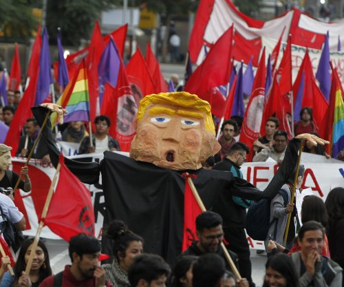 Mexico hits Trump's wall