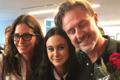 David Arquette, Courteney Cox reunite in photo with daughter