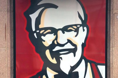 London police: Non-emergency calls include KFC complaint