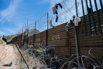Trump to veto Congress, again, over border wall 'emergency'
