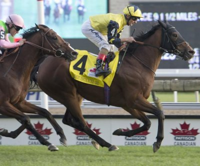 Desert Encounter repeats in Canadian International in weekend horse racing