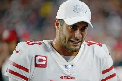 Jimmy Garoppolo leads 49ers over Cardinals on TNF