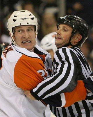 NHL: Pittsburgh 9, New York Islanders 2