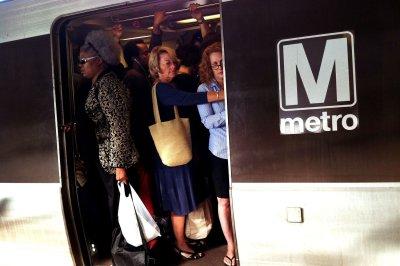 Smoke causes Washington D.C. rail service disruptions, delays