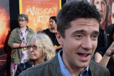 Topher Grace edited 'Curb Your Enthusiasm' clips into 'Seinfeld' reunion episode